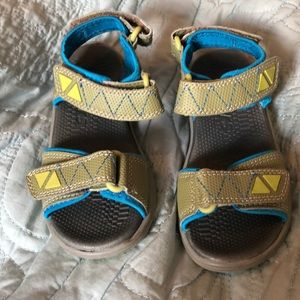 Kai Runners Sandals Velcro Closures Size 10 Green